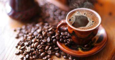 Artigo – O que acontece quando cortamos repentinamente o café e bebidas com cafeína