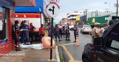 Homem morre ao cair no centro, na esquina da Rui Barbosa com 15 de agosto
