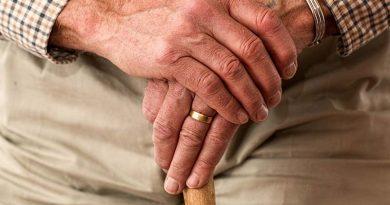 Governo suspende exigência de prova de vida de aposentados federais