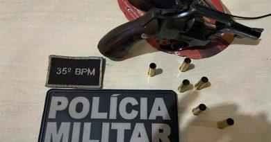 PM apreende drogas e arma nos bairros da Nova República e Uruará