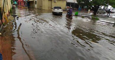 Com mais de 3.500 famílias afetadas por inundações, Santarém declara situação de emergência