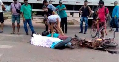 Acidente entre carreta e moto deixa uma vítima fatal em Santarém